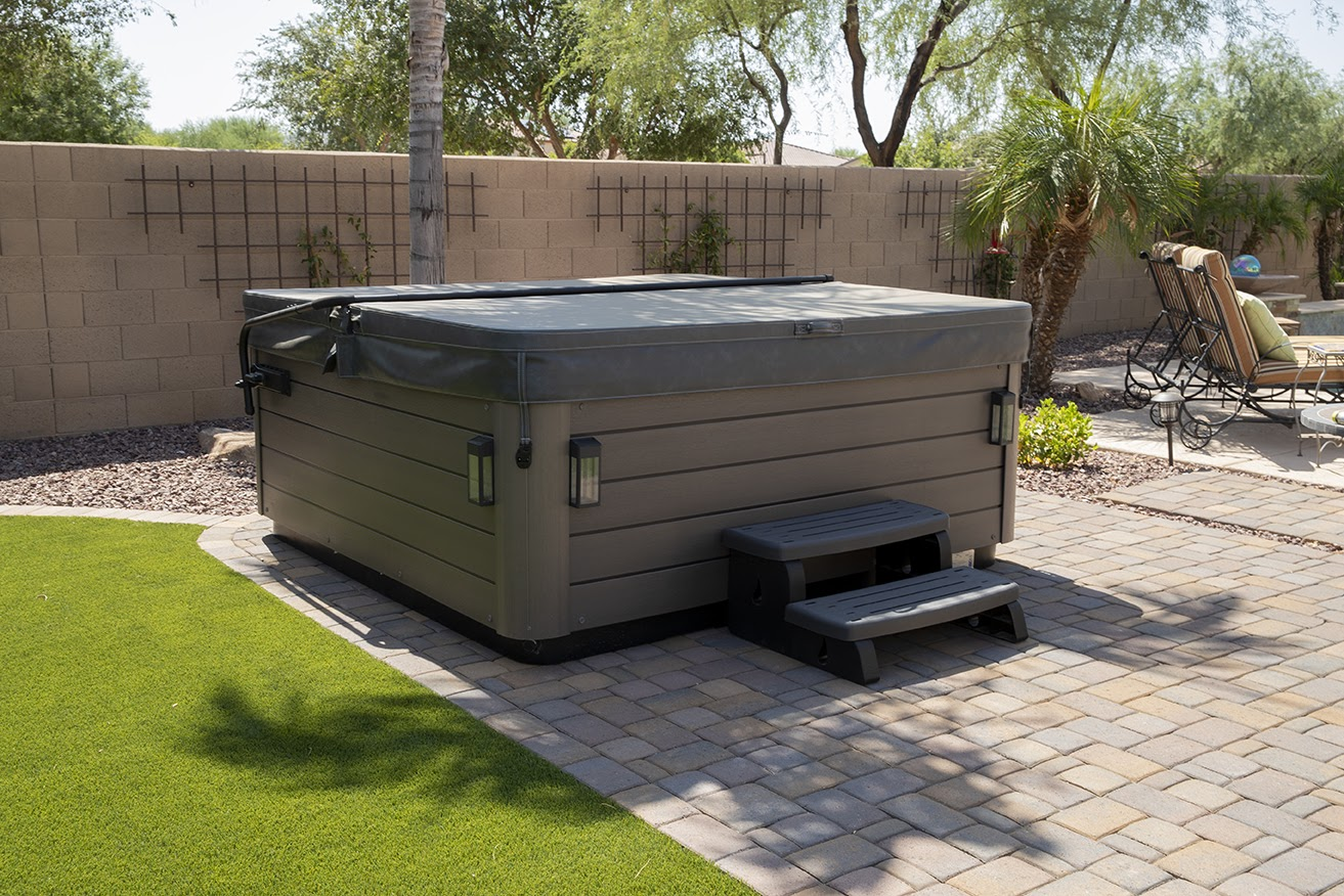 Maintaining your Hot Tub Cover